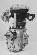تاریخچه کاواساکی . یک انجین KE-1، 1953